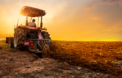 farm tractor digging