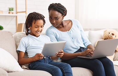 childrens online privacy mother and daugther with laptop